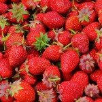 strawberries-berries-fruit-freshness-46174